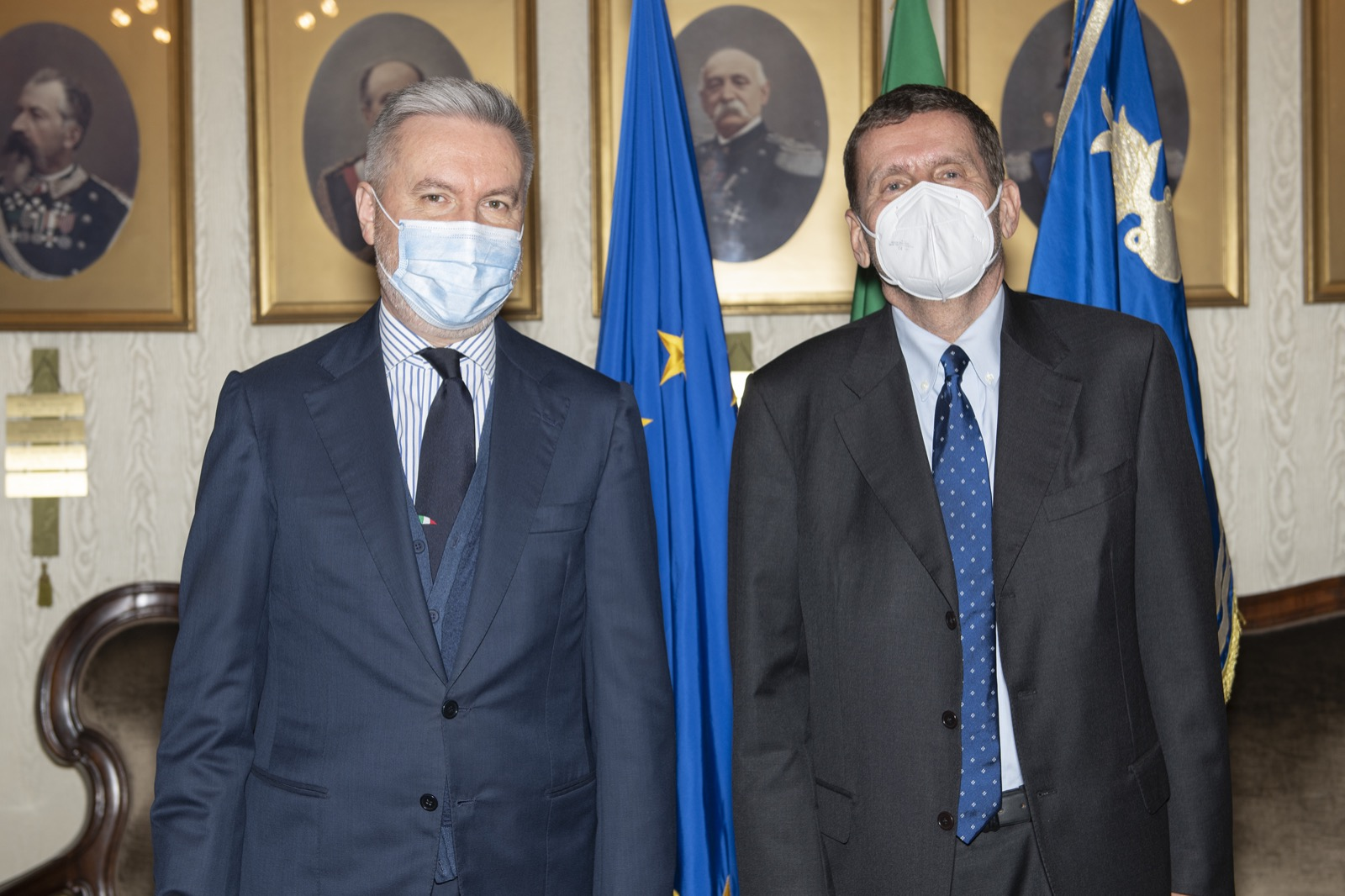 Ministro Guerini (a sx) e presidente Testa (10 febbraio 2021)